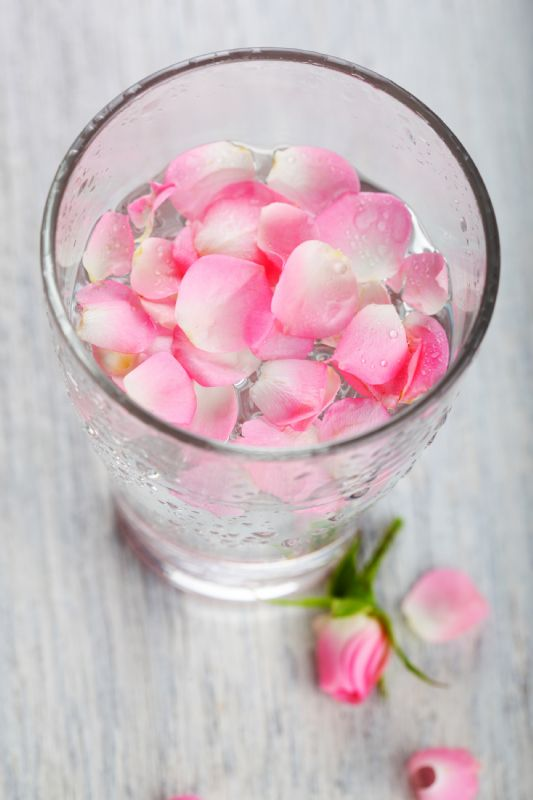 Rosewater's Many Skin Benefits