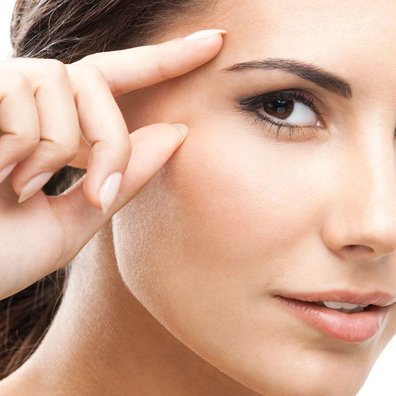 Tips for taking care of the delicate eye area